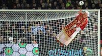 Goalkeeper papal Tunic-tunica.jpg